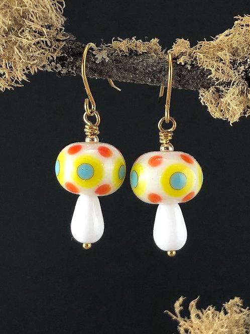Wannabe mushroom_white earrings