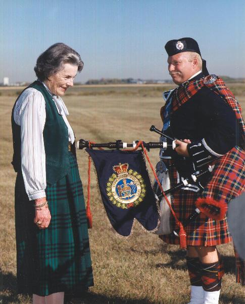 Countess Mounbatten with Pipe Major McKee