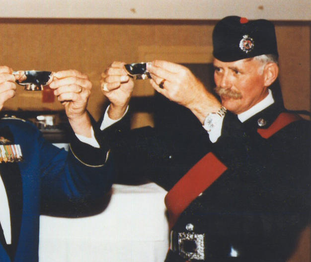 Band Officer D/Chief Jim Rodger and Inspector Bawn at D/C Rodger's retirement in 1999
