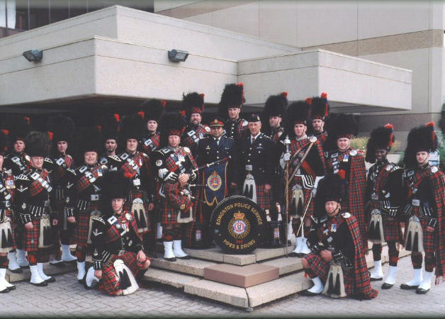 2005 photo before parade with A/Chief Darryl daCosta
