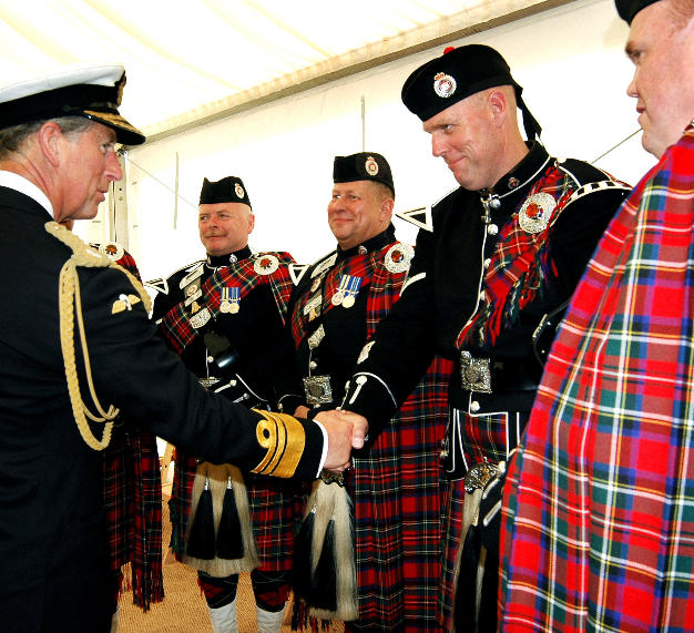 12_pipes-and-drums-euro-tour-2004-_0115.