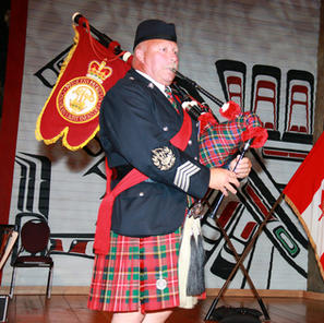 Pipe Major McKEE at the Ottawa Centennial Dinner. Photo by PPCLI photographer – Grant CREE