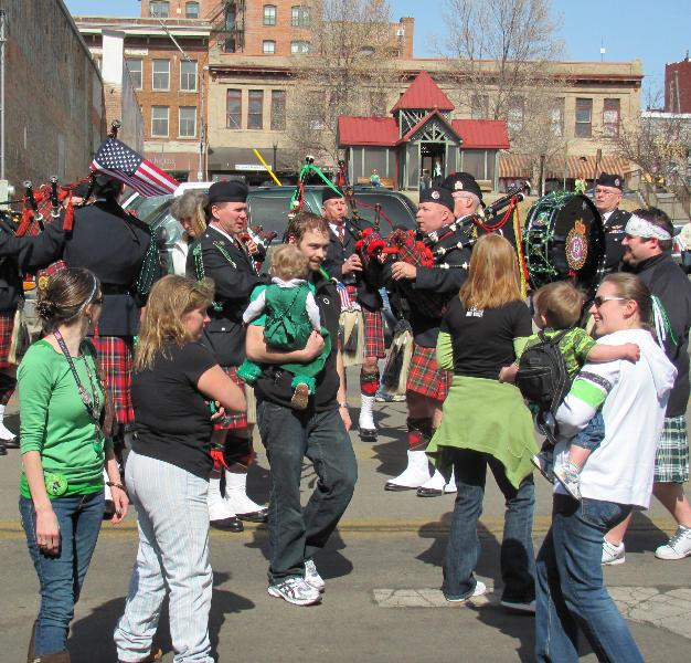 Street performance in Butte