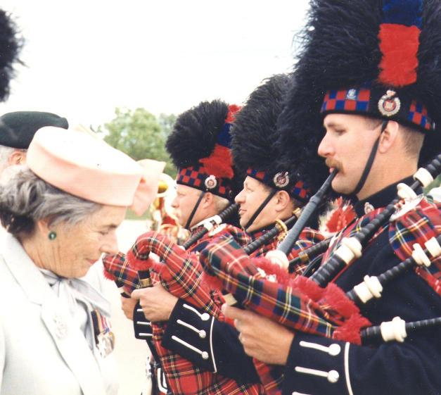 Countess Mountbatten inspecting band (Cst. Bawn)