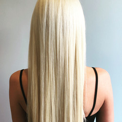 Long blonde extensions_