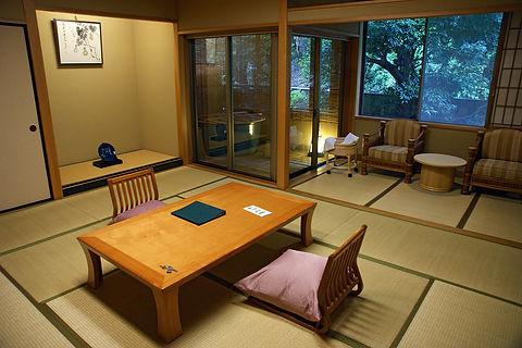 1200px-Tamatsukuri_onsen_yado02s3648.jpg