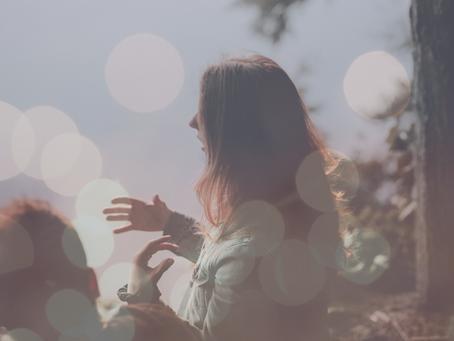 5 Ways Deep Conversation Makes Friendship Magical