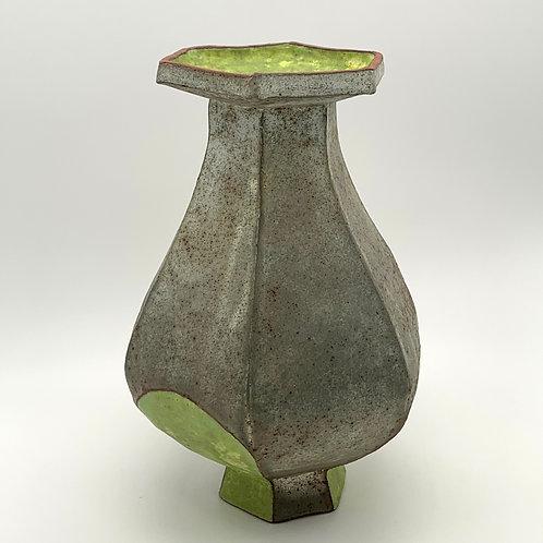 60. Vase, 11.5 in ht