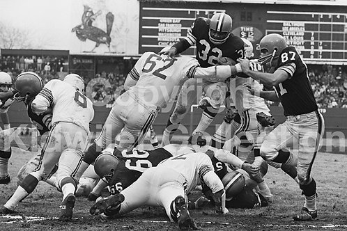 Jim Brown of the Cleveland Browns