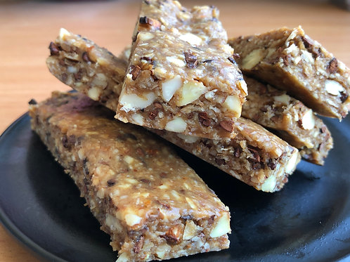 5 Almond Chocolate Chewy Bars