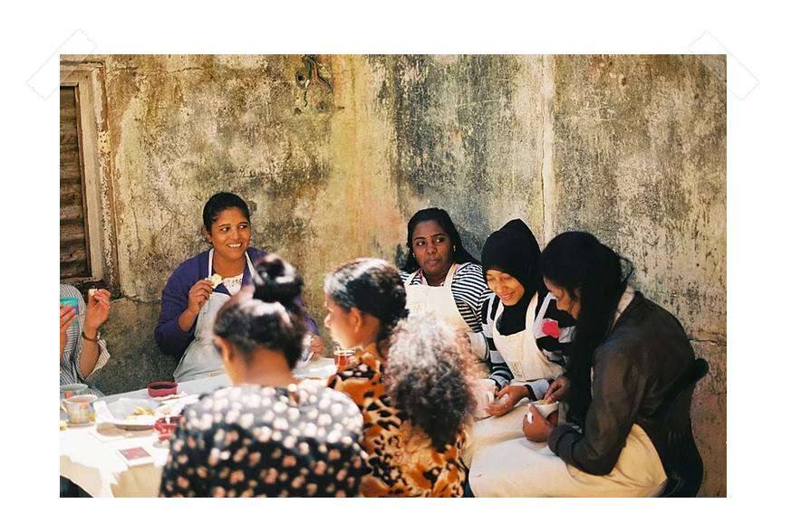 women working with Amma Sri Lanka