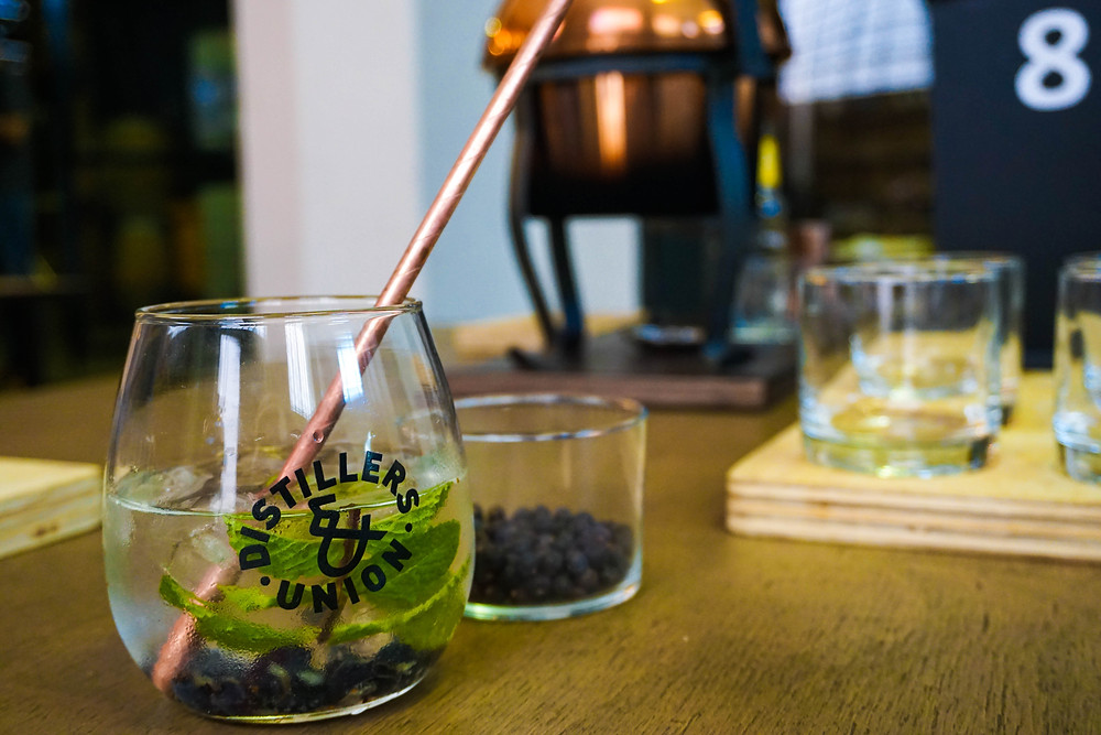 Gin tasting in Cape Town