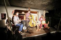 Mafila Ko Trio - La Roche St Secret