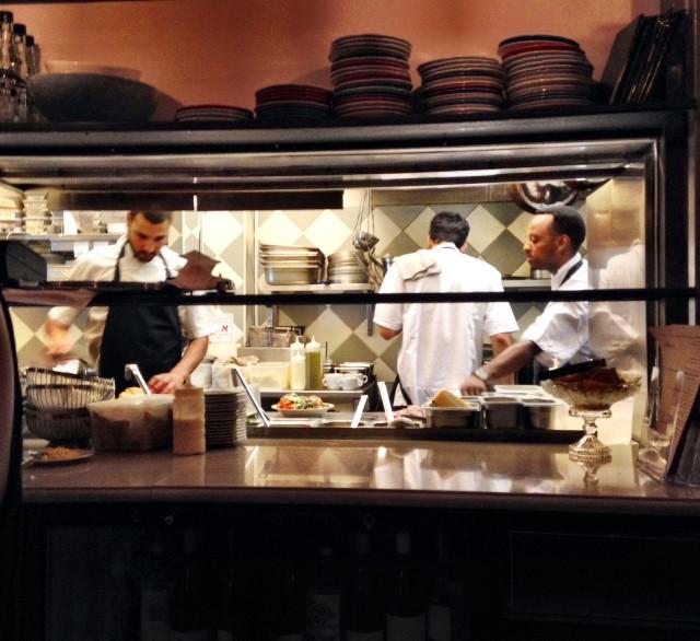 מטבחו של דן זוארץ - מהנה וקליל.jpg