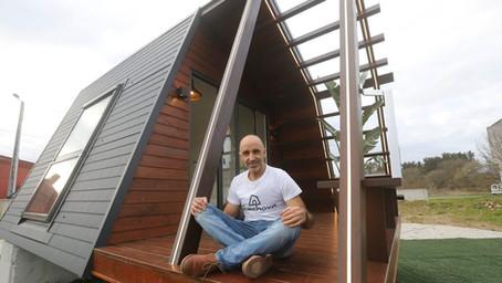 Éxito de las cabañas Quechova, proyecto nacido en Carballo que suscita interés en toda Galicia.