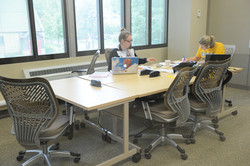 Students Collaborating in one of the team breakout rooms at Ritter Library