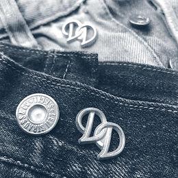visla graphic - denim dudes - logo 11.jp