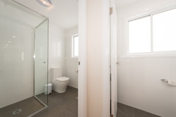Cabin bathroom and 2nd toilet