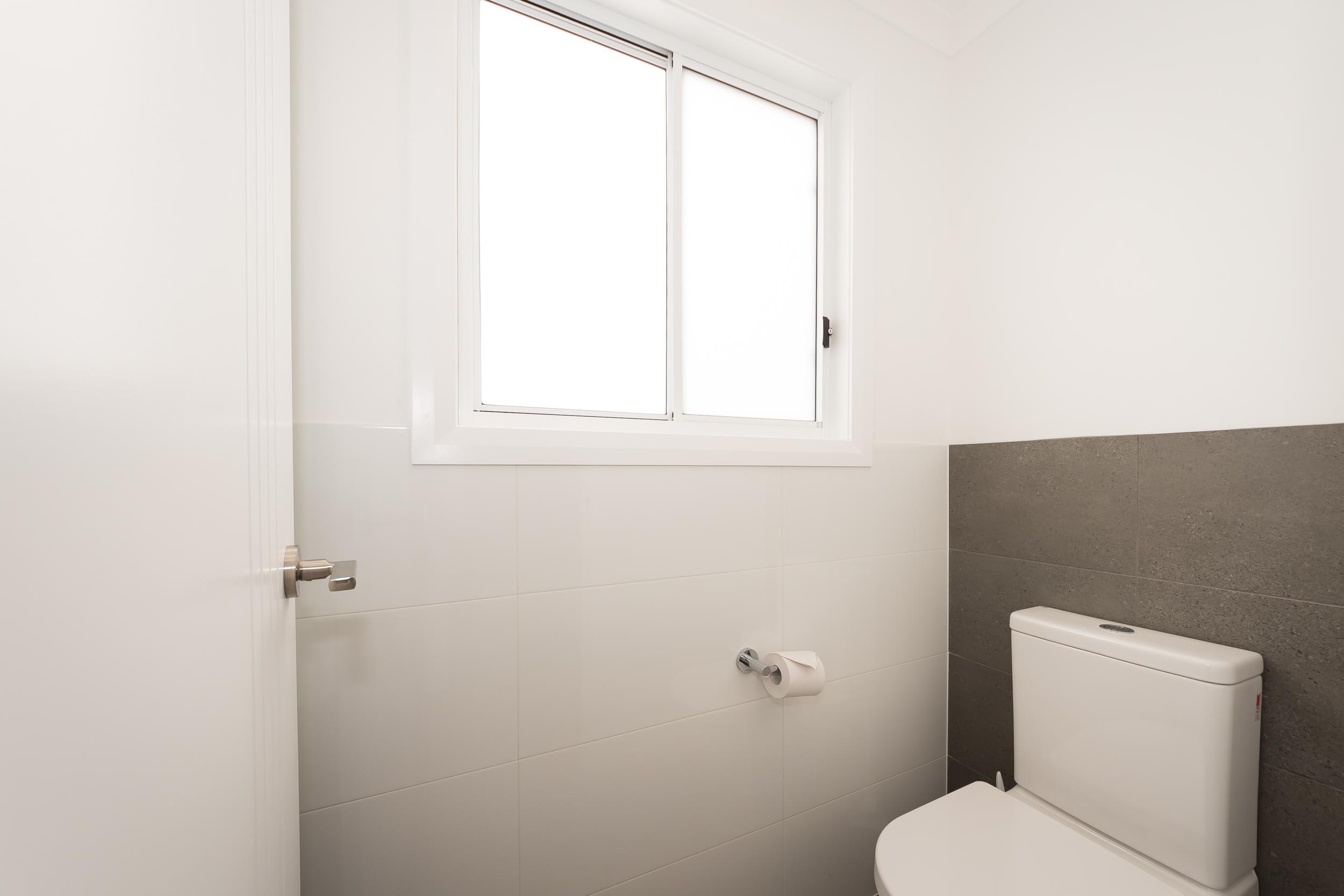 Cabin toilet
