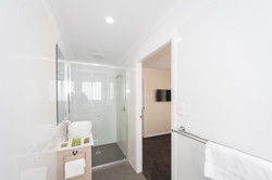 Large deluxe cabin ensuite