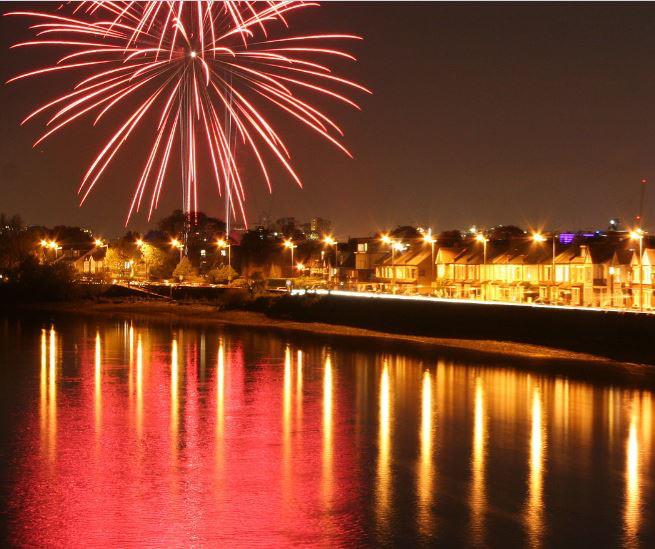 Barns Fireworks Pic_edited.jpg