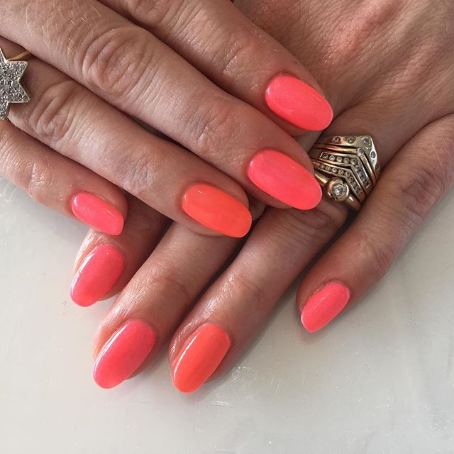 😍 Pink & Orange mix with these beautifu