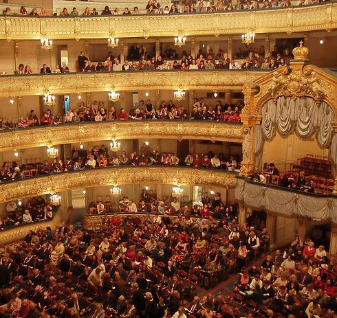 theatre_mariinsky2_edited.jpg