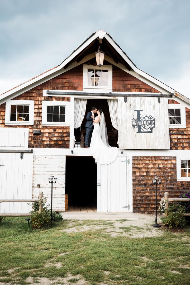 Maine Wedding Photography, Maine Wedding Barn Venue