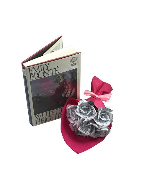 Wuthering Heights Petite Mini Rose Bouquet