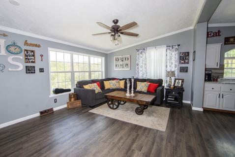 furniture-home-house-2216534.jpg