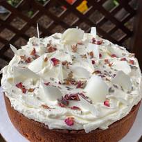 Earl Grey Cake with White Chocolate Ganache