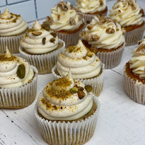 Pistachio with Cannoli Topping