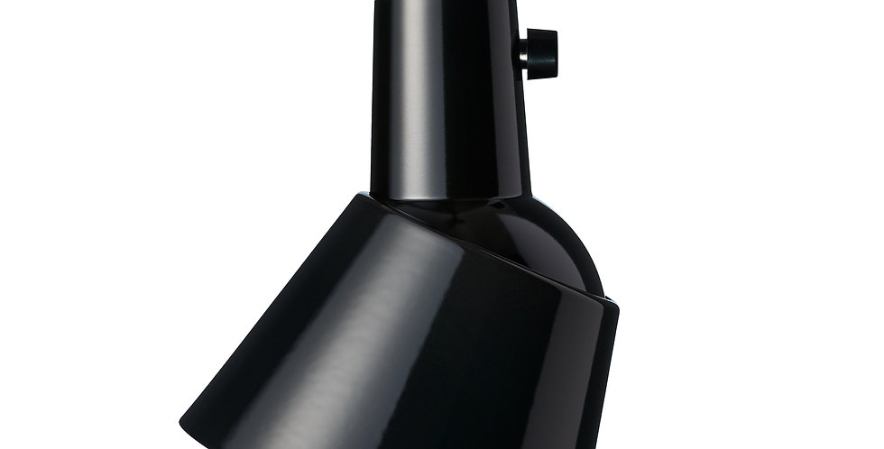 K831 | enamelled | black