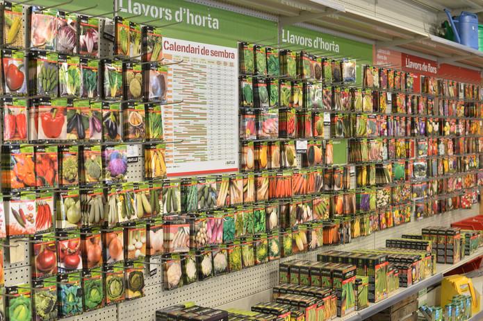 Més de 400 varietats de llavors d'hort i jartdí