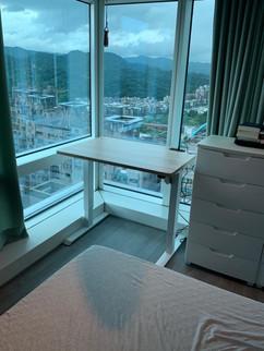 寶10113 白升降桌+北美原橡.jpg
