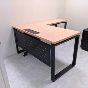 安寶方管鐵腳桌系列-如何訂做工作桌、會議桌、辦公桌工作站