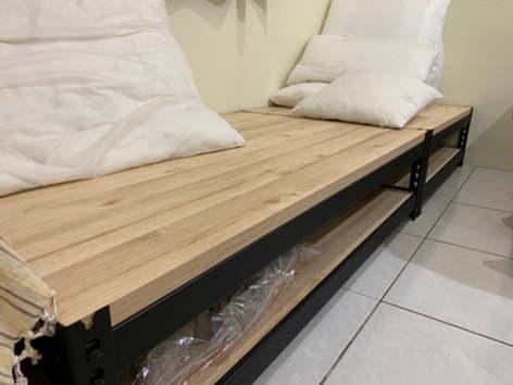 角鋼坐墊、鞋櫃, 跨放式25mm