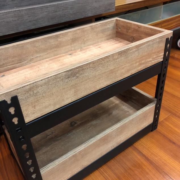 木盒+角鋼架