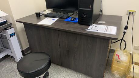 角鋼外蓋桌+封板+外蓋門片(業務報價)