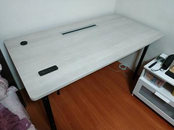 6268外蓋桌-2出線孔插座雙掀出線盒-原切相思木.jpg