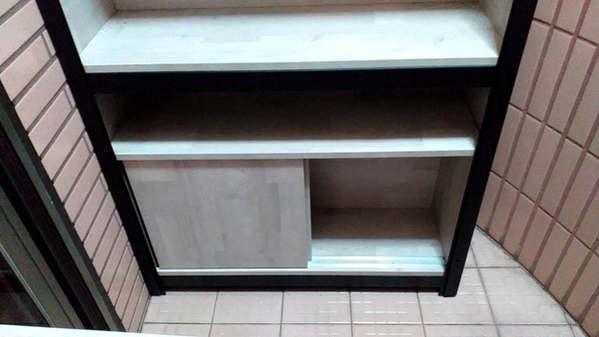 角鋼+滑門底櫃