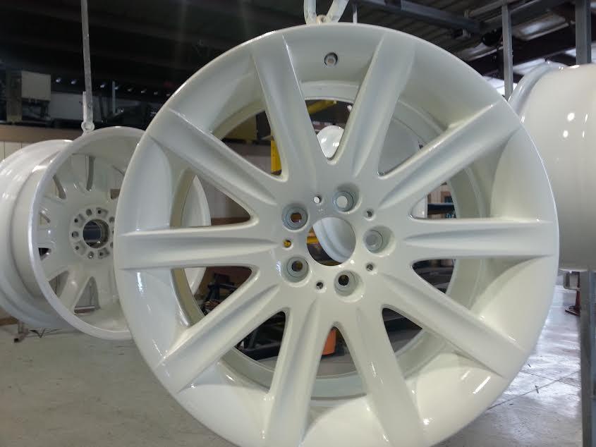 white rims 10.12