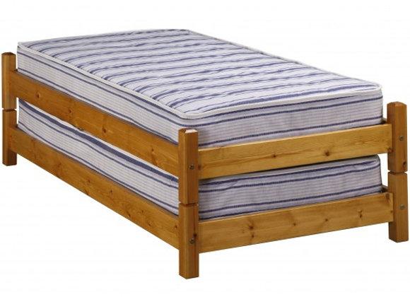 Windsor Pine Stacker Bed