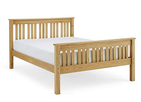 Windsor Pine Shaker Bed