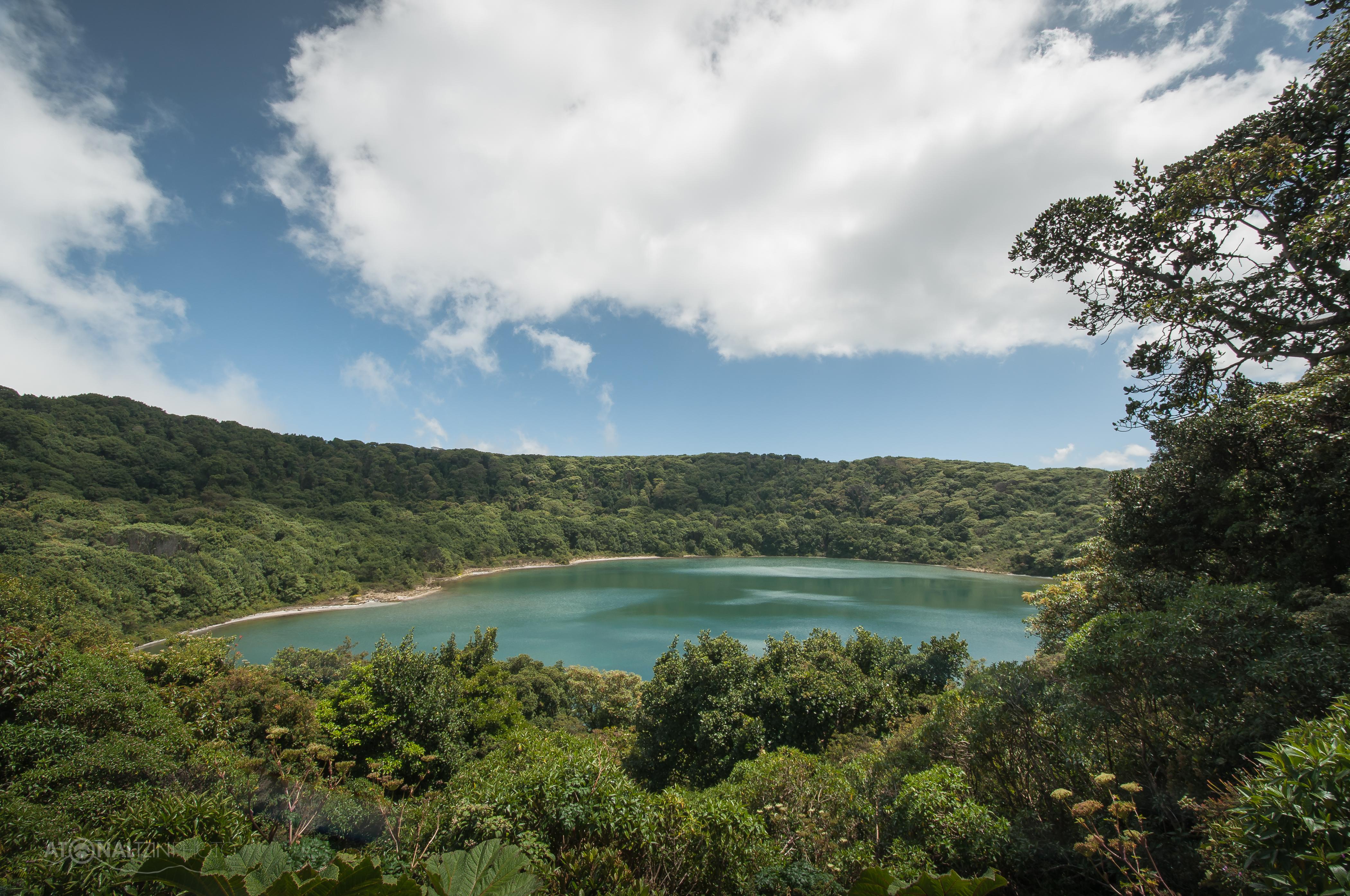 Laguna de Botos