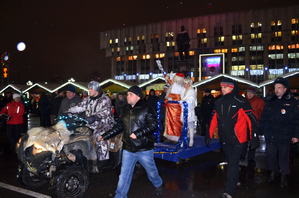 Ночные Волки Тула.Открытие городской ёлки. Дед Мороз и Снегурочка