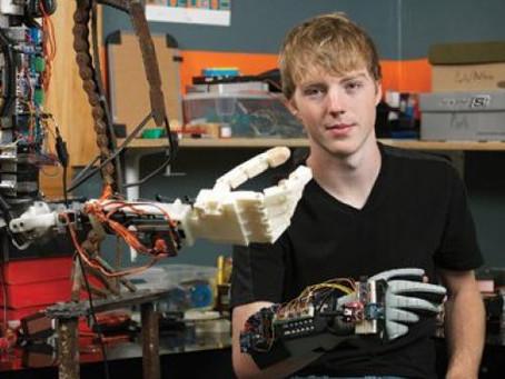3D列印潛力大,17歲少年設計平價義肢