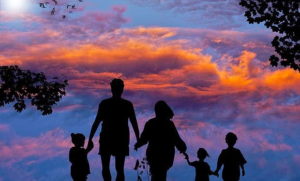 family-1517192_960_720.jpg