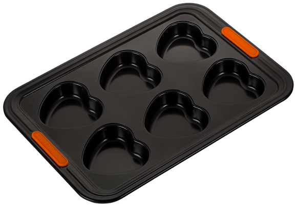 6 Cup Heart Shape Muffin Tray  - 33.1 x 22.9 x 2.65cm