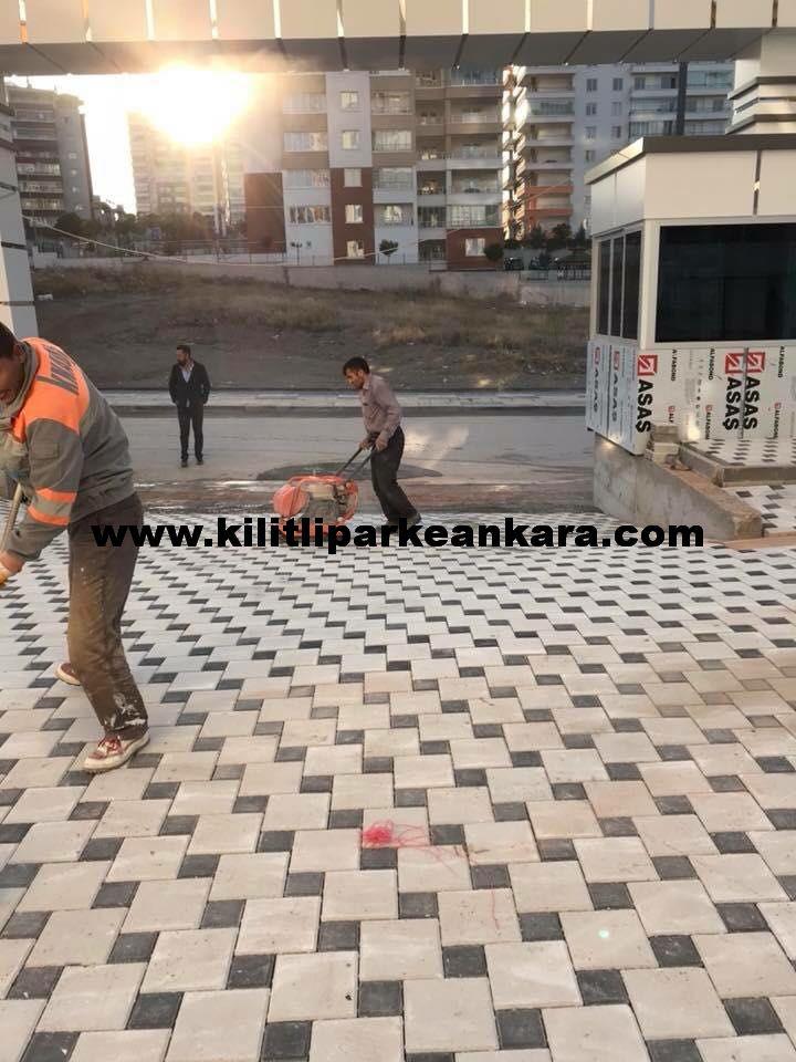 Ankara Kilitli Taş